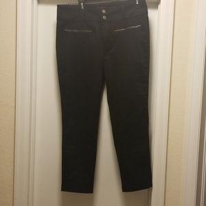 NWT Tinsel black crop pants